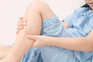 אוטיזם | התכווצויות בגפיים
